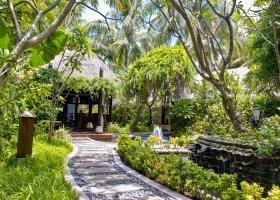 maledivy-hotel-sun-island-resort-045.jpg