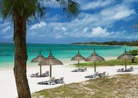 mauricius-hotel-emeraude-beach-attitude-002.jpg