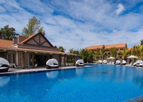 mauricius-hotel-maritim-crystals-beach-085.jpg