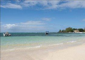 mauricius-hotel-so-beach-villa-002.jpg