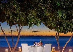 mauricius-hotel-st-regis-mauritius-031.jpg
