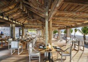 mauricius-hotel-st-regis-mauritius-033.jpg