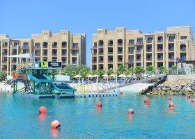 ras-al-khaimah-hotel-doubletree-by-hilton-marjan-island-002.jpg