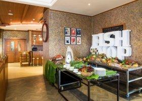 ras-al-khaimah-hotel-doubletree-by-hilton-marjan-island-036.jpg