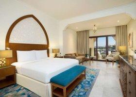 ras-al-khaimah-hotel-doubletree-by-hilton-marjan-island-048.jpg
