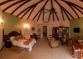 seychely-hotel-le-duc-de-praslin-032.jpg