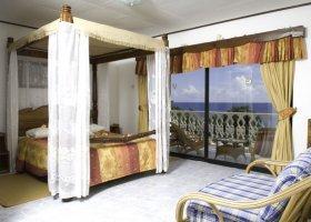 seychely-hotel-patatran-village-010.jpg