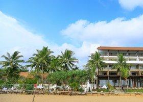 sri-lanka-hotel-pandanus-beach-hotel-004.jpg