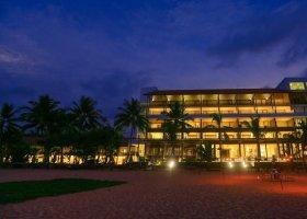 sri-lanka-hotel-pandanus-beach-hotel-036.jpg