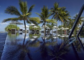 sri-lanka-hotel-the-surf-hotel-014.jpg