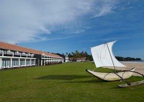 sri-lanka-hotel-the-surf-hotel-031.jpg