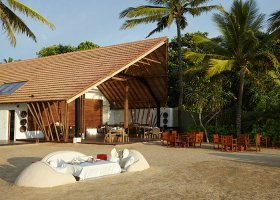 sri-lanka-hotel-the-surf-hotel-038.jpg