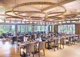 thajsko-hotel-dusit-thani-krabi-beach-resort-004.jpg