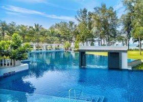 thajsko-hotel-dusit-thani-krabi-beach-resort-018.jpg