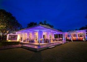 thajsko-hotel-dusit-thani-krabi-beach-resort-023.jpg