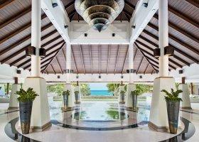 thajsko-hotel-dusit-thani-krabi-beach-resort-032.jpg