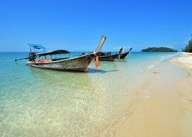 thajsko-hotel-dusit-thani-krabi-beach-resort-059.jpg