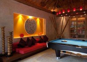 thajsko-hotel-rocky-s-boutique-resort-koh-samui-008.jpg