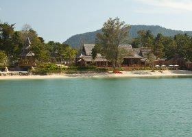 thajsko-hotel-santhiya-koh-yao-yai-011.jpg