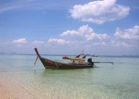 thajsko-hotel-thanya-resort-004.jpg
