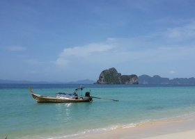 thajsko-hotel-thanya-resort-005.jpg