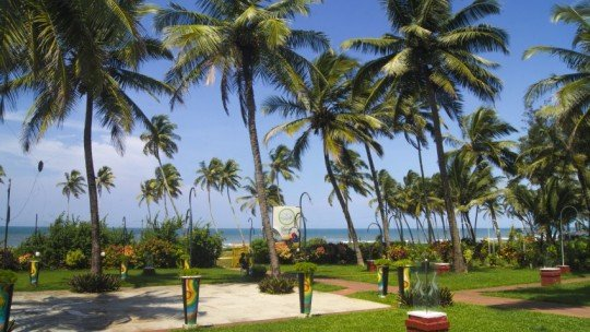 Longuinhos Beach Resort ****