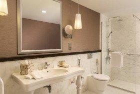 Premium Room (43 – 47 m²)