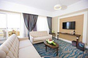 Senior Suite (107 – 152 m²)