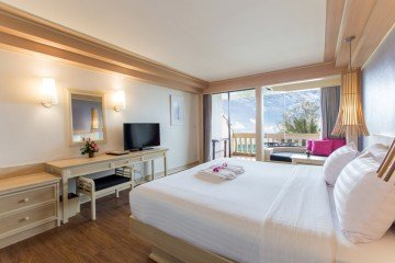 Premier Deluxe Sea View Rooms