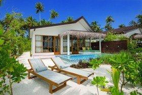 2 Bedroom Beach Pool Suite (od 01.11.2020)