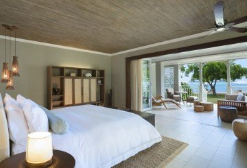 Beachfront Junior Suite (75 m²)