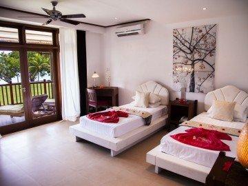 Beach Front Deluxe Room (68 m2)