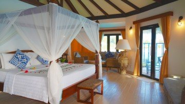 Water Villa with plunge pool (Kihaa Maldives)
